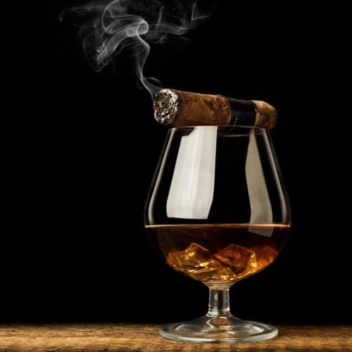 งดการดื่มเครื่องดื่มแอลกอฮอล์และสูบบุหรี่